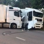 Empotra de lleno su camión contra el de un rumano que le estaba robando gasóleo