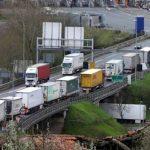 Francia pone a prueba la paciencia de los transportistas españoles