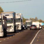 Los grandes camiones no pueden circular desde este domingo por varios tramos de la N-340 y la N-240