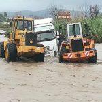 Un camionero rescatado de urgencia por evitar la prohibición de camiones por un puente del Allaro