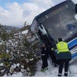 """Un Guardia Civil con dos """"cojones"""" al rescate de un autobús de Alsa apunto de volcar"""