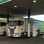 Empresario, envía dos tráilers a Japón para para promover la profesión de transportista