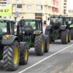 El sector no aguanta más: Primera tractorada como aviso por la subida del precio del gasóleo