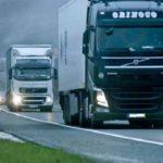 El Gobierno baja el límite de velocidad a camiones, autobuses y furgonetas en carreteras convencionales