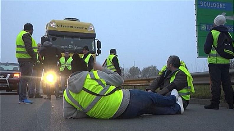 Los logísticos intentan torpedear el paro del transporte