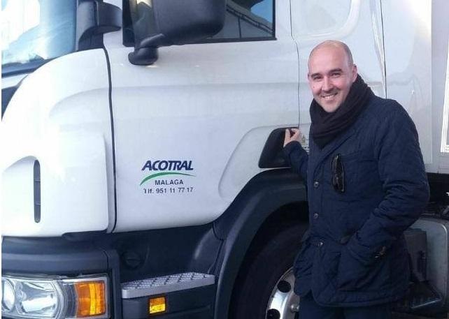 De conductor de camión a director de flota en Acotral coordina a 3.000 personas