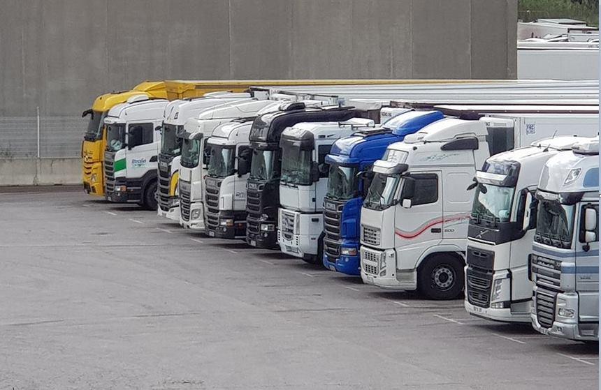 Polizones, Brexit y pandemia: problemas de la flota de camiones murcianos