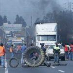 Camioneros de Chile y Colombia anuncian paro Nacional  por alza de combustible