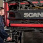 Italscania contrata a la primera mujer mecánico de camiones que había sido rechazada por todos
