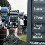 Francia suspende la subida de combustibles: España tendrá Impuesto al Diesel