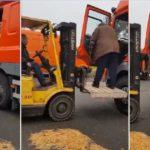 Así es trabajar de camionero a los 67 años