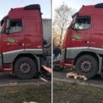 Tensión en Bélgica: los camioneros pierden la paciencia ante las barricadas de los chalecos amarillos