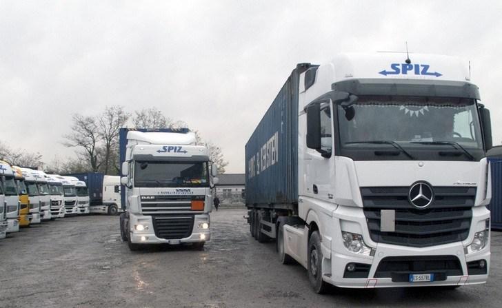 El transporte italiano paga entre 2100 y 2300€ más dietas, y hasta 3000 y 4000 a algunos camioneros experimentados