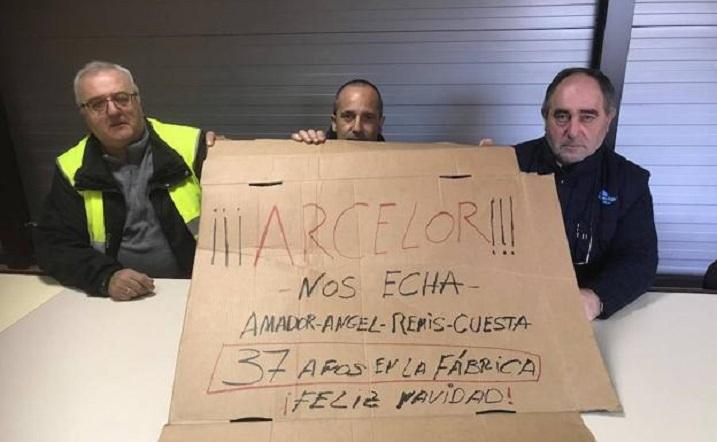 Los camioneros de contratas de Arcelor se encierran en la factoría