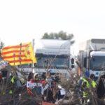 Los CDR amenazan con más bloqueos mientras la Generalitat no puede ni pagar ya a las farmacias