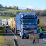 Se presenta una tercera semana de alto riesgo para el transporte por carretera