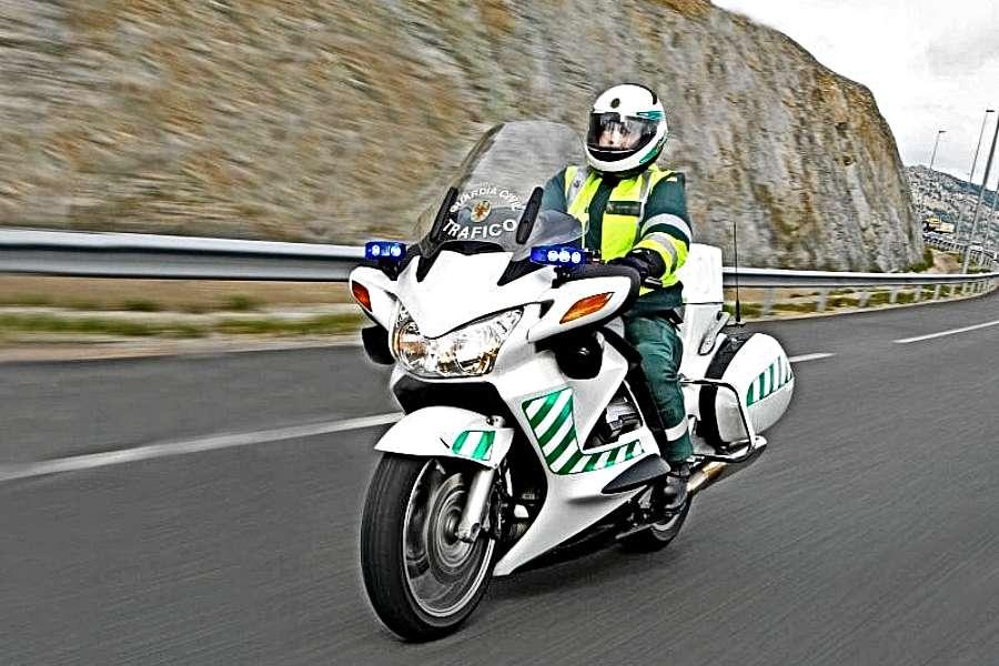 motos guardia civil trafico incumplen legislacion