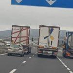 El salario del camionero es bueno, no se queja, pero las jornadas de trabajo son extenuantes, agotadoras, infernales… Y llenas de riesgo