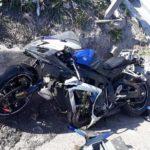 Se busca al conductor de un coche que provocó un accidente de moto y se dio a la fuga en la N-340
