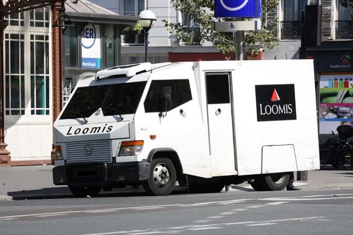 Transport de fond Loomis Paris 2011