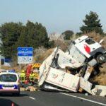 """La colisión de un camión de """"El Mosca"""" provoca hasta 15 km de retenciones en Le Boulou dirección Perpiñán"""