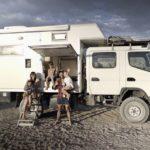 La familia española que lo deja todo para dar la vuelta al mundo en camión en 6 años