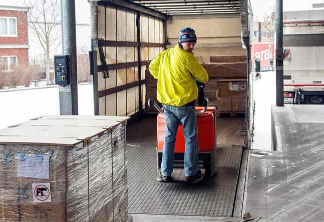 El 90,9% de los camioneros se descargan sus propios camiones, y el 31,8 por desconocimiento
