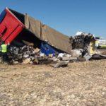 Un camionero muerto y otro herido grave tras la colisión de dos camiones en la A-4 Madridejos