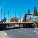 Un camión queda atravesado al salir de una gasolinera y no poder girar en Vecinos – Salamanca