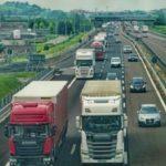 Un camionero al volante, logra evitar una carnicería, tras enfermar de dolor en Salerno