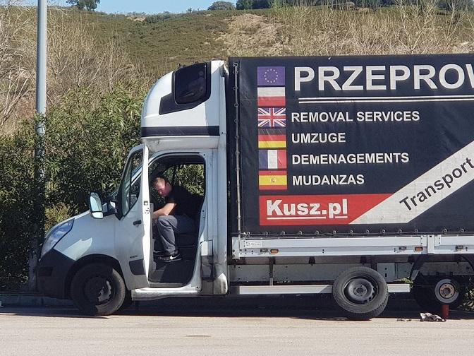 Francia sancionará con multas de hasta 3.000 euros la realización del descanso semanal y diario en los vehículos ligeros.