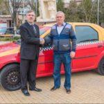 Un taxista hace un millón de Km a un Dacia Logan sin tocar el motor