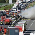 Bloqueada la RN10 por la colisión de tres camiones: un camionero ha resultado herido grave