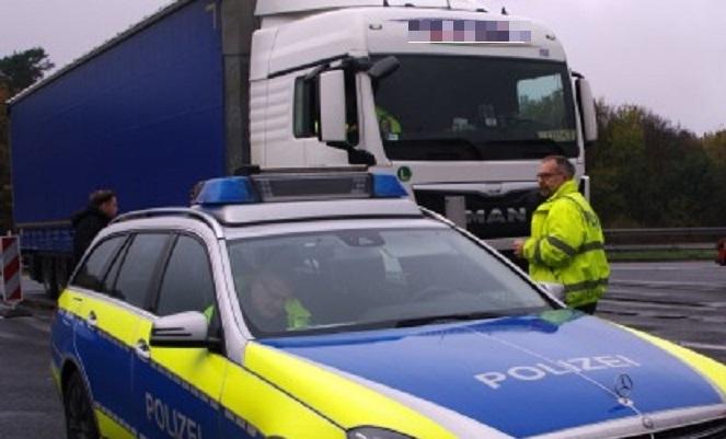 Multan con 1500€ a dos camineros españoles, por reducir el descanso 33 horas y exceso de velocidad
