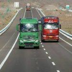 Los transportistas llevan a 'juicio' el veto de Fomento a camioneros sin estudios