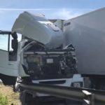 Herido grave un camionero tras chocar con otro camión en la A-2