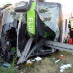 Un muerto y 74 heridos al chocar un autobús repleto con 74 pasajeros en Alemania