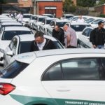 """La empresa SCTR regala 100 """"Mercedes clase A"""" a sus 100 camioneros"""