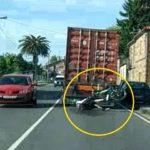 Herido un ciclista al empotrarse contra un camión al circular a rebufo en La Coruña – Vídeo