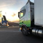 Un camión a gas lleva 16 toneladas de fruta a Suecia con un ahorro del 30%