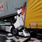 Un camionero muerto y otro herido grave, al colisionar cuatro camiones en la A4 Villesse