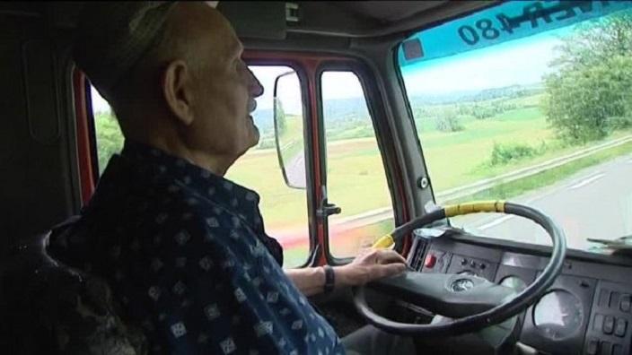 2016 06 16 1 vesoul chauffeur 80 ans 00 03 47 08 1