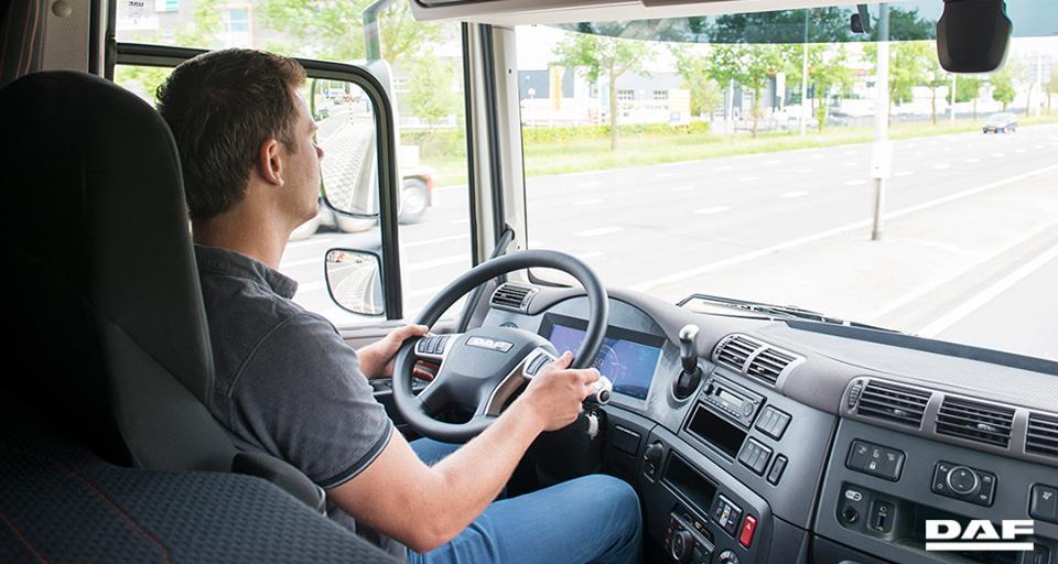 Nutrocampo necesita conductores, paga 2.500€ al mes ruta nacional