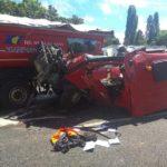Un camionero hospitalizado de extrema gravedad, al colisionar dos camiones en la A-10 Francia