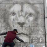 Transportista mexicano convierte su camión en una galería de arte