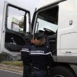 Detienen a un camionero bebido y drogado que viajaba a 123 km/h  con un camión de 38 toneladas