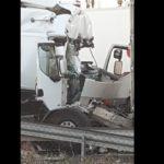 Cerrada la A4  por la colisión de dos camiones con un camionero herido de gravedad