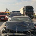 Una colisión múltiple en La Roda, dos camiones y 4 coches implicados acaba con varios heridos