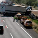 Un choque múltiple implicados cuatro camiones corta la A-2 dirección Lleida
