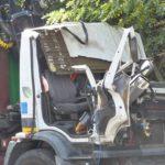 Fallece un camionero feliz por 15 días de trabajo, al chocar contra un puente que aplastó la cabina